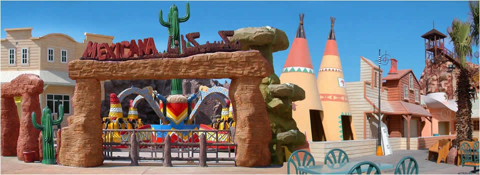 Water park theming